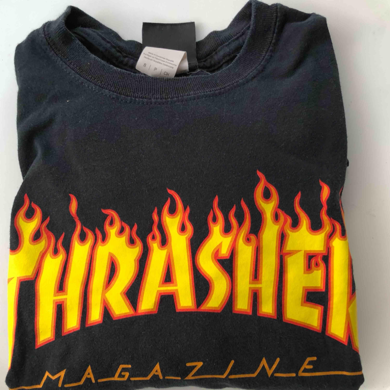 Äkta Thrasher tröja. Fraktar.🌸🌸. T-shirts.