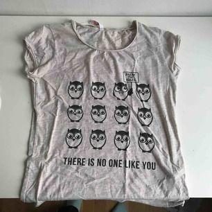 t-shirt från new yorker frakt tillkommer