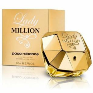 PACO RABANNE  Lady Million, EdP 80ml  Lady Million, EdP från Paco Rabanne strålar av karisma och sensualitet. En lekfull doft med förförisk attraktionskraft som lämnar ett lyxigt intryck.