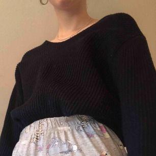 En superskön o mysig tröja från lager 157 men som tyvärr inte kommer till användning🌎frakt tillkommer på ca 40 kr