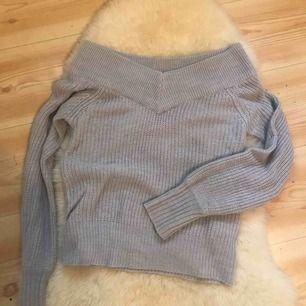 off shoulder stickad tröja från ginatricot, jätteskön och sitter bra på 🥰 kan fraktas