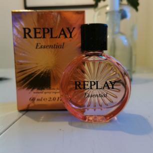 Oanvänd parfym, frakt ingår i priset 🌺
