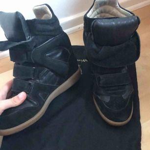 Isabel marant skor i svart.