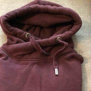 En hoodie från Superdry. Bra skick.