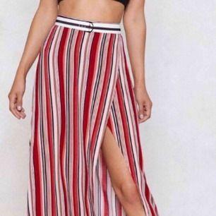 Oanvänd kjol från nasty gal😜 köparen står för frakten