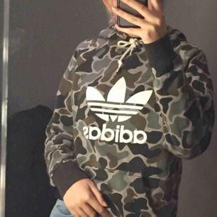 En hoodie från Adidas :)