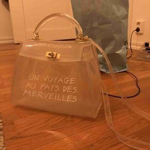 Skitnajs väska som jag tyvärr inte får användning för:(