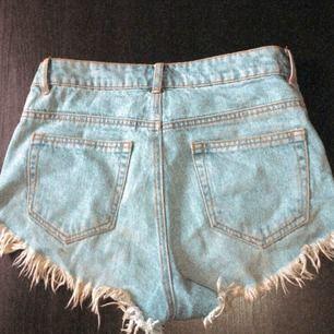 Snygga Korta shorts ifrån bikbok✨ Köparen står för frakten!