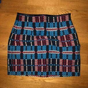 Kjol i storlek s, från Zara.