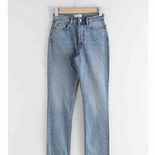 Straight High Rise Jeans från Other Stories! Skickar fler bilder på förfrågan :)