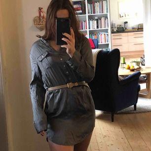 Oversized skjorta som man kan använda som klänning!