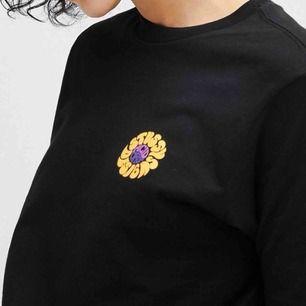 T-shirt från stussy. I bra skick, säljer pga enbart använt den 3 ggr. Nypris ca 500