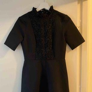 Superfin klänning i nyskick!