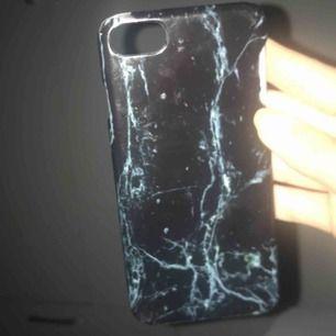 Marmor skal till iPhone 7, använt några gånger