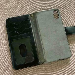 Iphone x plånbok svart, använd skick frakt ingår.