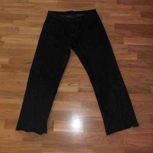 Vintage Calvin Klein straight vit jeans (svart) Skick: 10/10 Köparen står för frakt