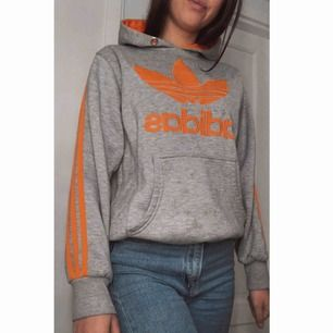 Äkta adidas hoodie,kan mötas eller fraktas