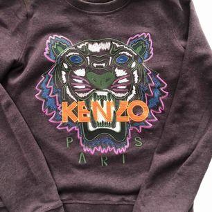 """Knappt använd, storlek L i """"barn"""" storlek p passar mig som har small- medium. Äkta kenzo"""