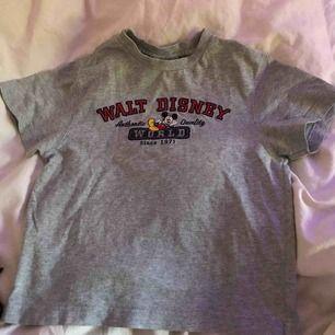 Supersöt Mickey t shirt<3