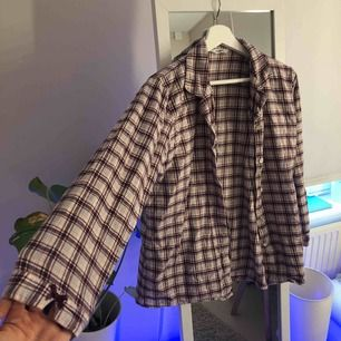 Superfin flanell pyjamasskjorta från hunkemüller🥰 säljer pga för liten:(