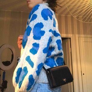 Super snygg väska från h&m😍helt ny!!
