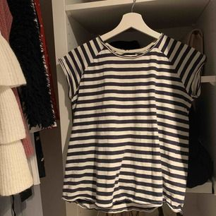 Randig T-shirt från lager 157, köpt för något år sen och inte använt på väldigt länge