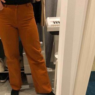Snygga jeans från Monki i stl 30, frakt tillkommer