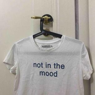 Cool t-shirt från even & odd. Aldrig använd ✨ frakt tillkommer