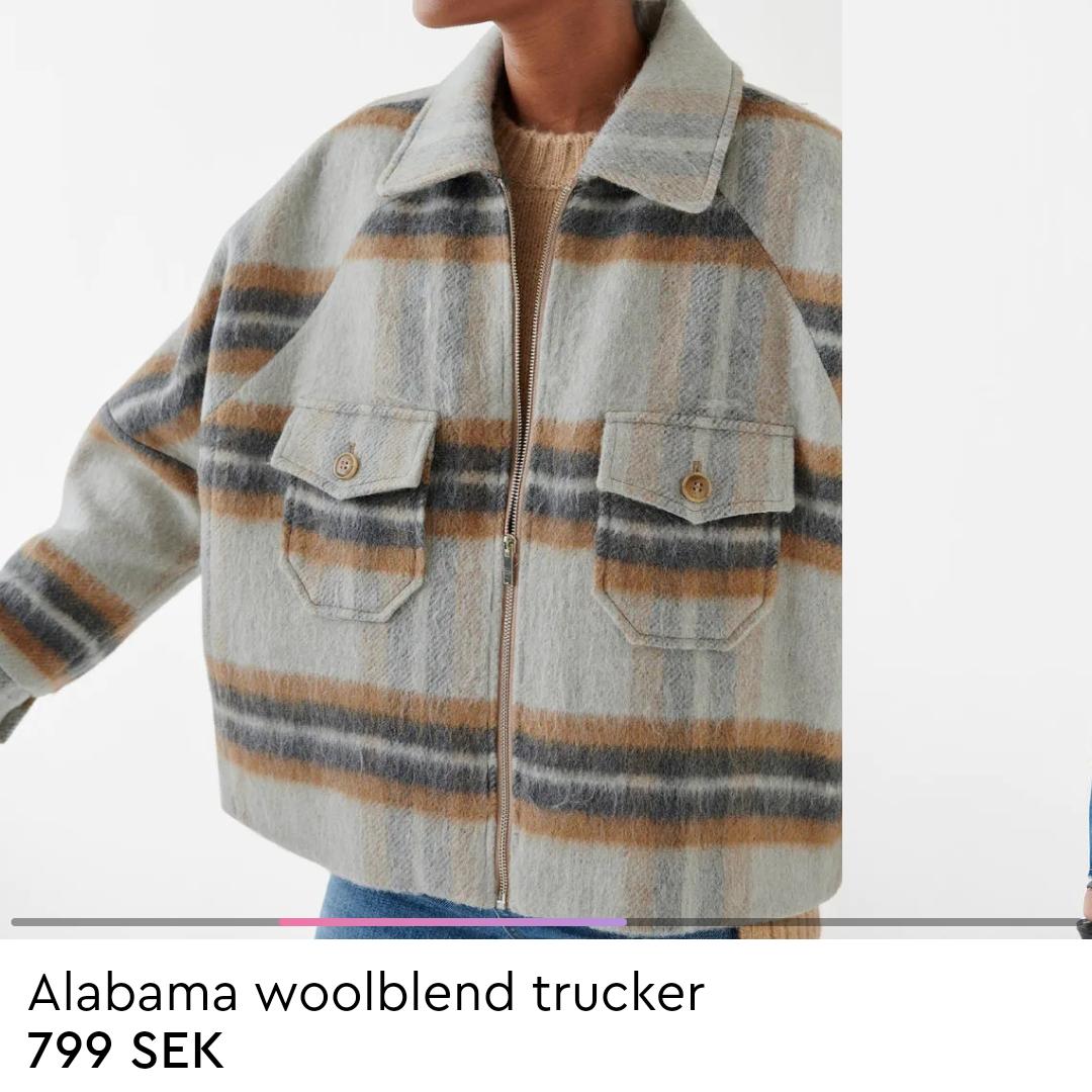 Populäraste jackan från Gina Tricot som är helt slutsåld i denna storleken i alla butiker och på hemsidan. Endast använd en gång så i nyskick!! Tar bud💖 köpte förra veckan för 799 kr.. Jackor.