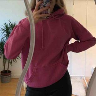 As fin rosa hoodie från Bik bok 200kr ink frakt🛍