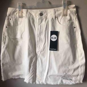 Jeans kjol från Boohoo, oanvänd!