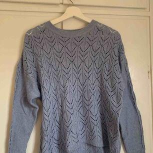 Blå finstickad tröja från lager157. Aldrig använd. Strl S