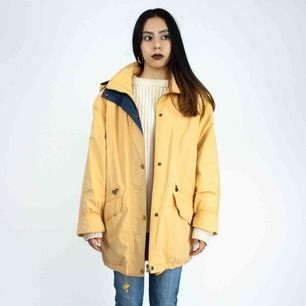 Vintage 90s jacket in yellow Barely visible sign of wear  SIZE & FIT Label: M, fits best XS-M Model: 165/XS Measurements (flat): Length: 80 Pit to pit: 64 Free shipping! Ask for the full description! No returns!
