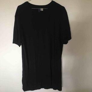 T-shirt klänning!🌚🌻