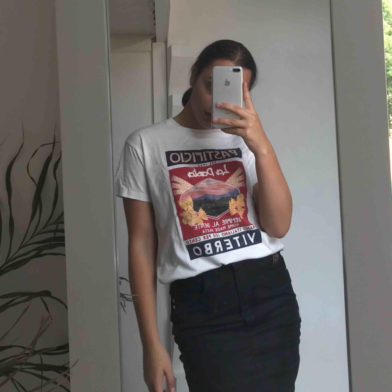 Ny t-shirt. T-shirts.