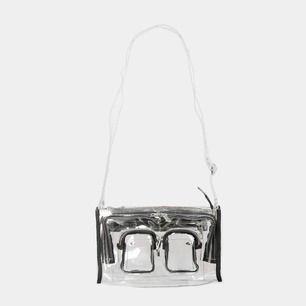 Säljer den här coola väskan från märket Nunoo. Köptes för över 1000. Är i bra skick, säljer för 400.