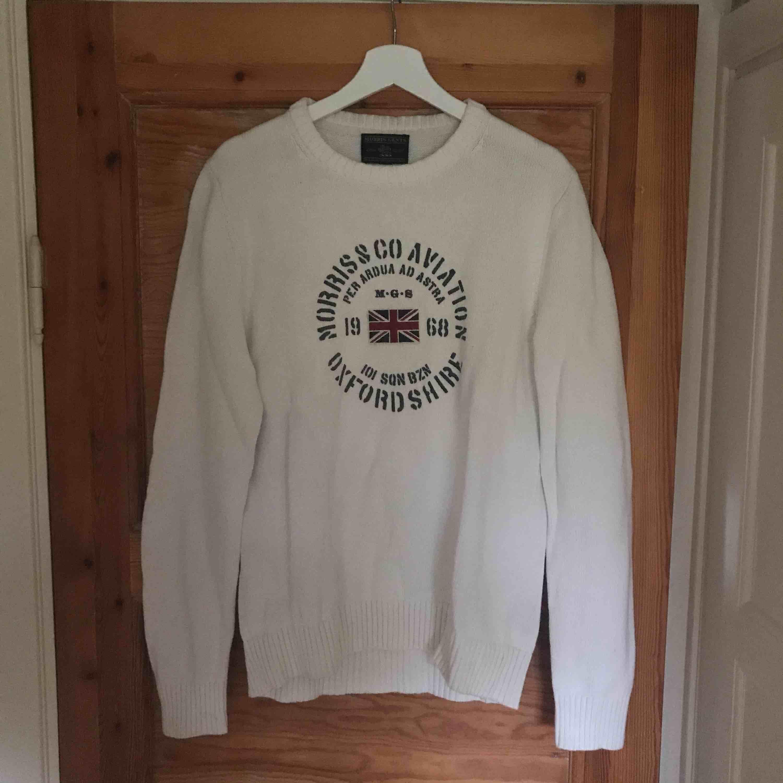 Morris tröja som är använd vid ett fåtal tillfällen (2-3 gånger). Säljer den eftersom att den är något stor för mig då den är stor i storleken och motsvarar large ungefär. Kommer från ett djur och rökfritt hem. . Tröjor & Koftor.