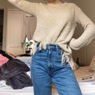 Häftig stickad tröja!  Du står för frakt