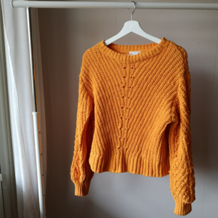 Orange tröja från HM.