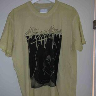T-shirt från Carlings! Säljer pga ingen användning!