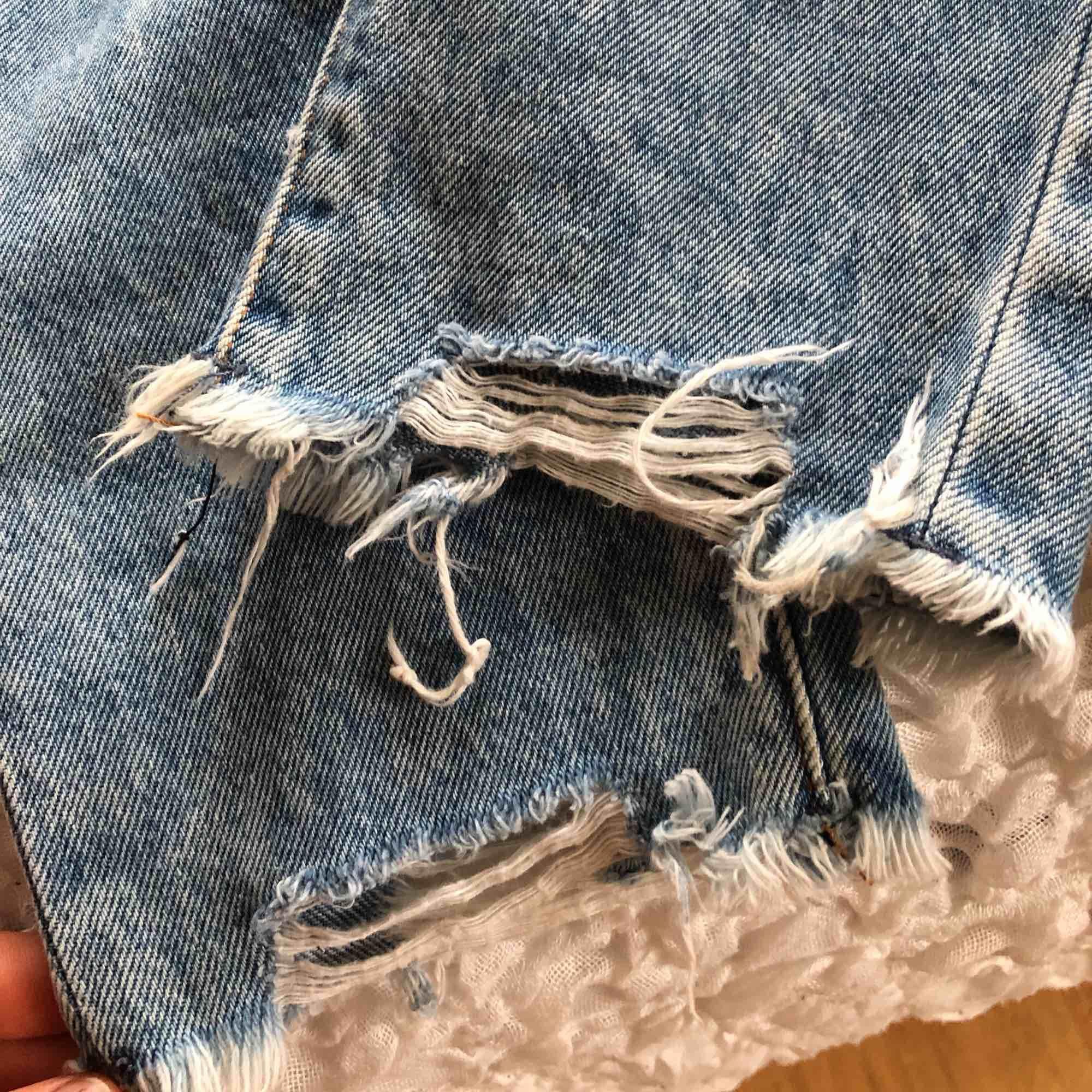 Jeans ifrån vero Moda! Storlek 34, stretchiga och sköna!  Finns i Falun men kan skickas🥰🤩. Jeans & Byxor.
