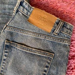 Mom jeans från Weekday