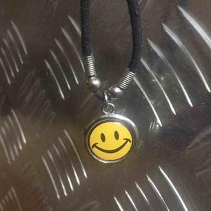 Smiley halsband