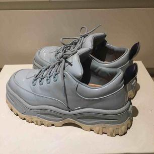 Superfina skor, säljes pga för lite användning!