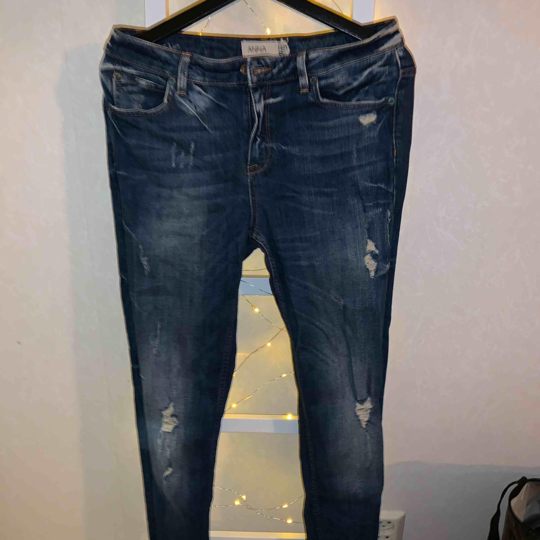 Jätte fin boyfriend jeans från Gina Tricot  Katt finns i hemmet . Jeans & Byxor.