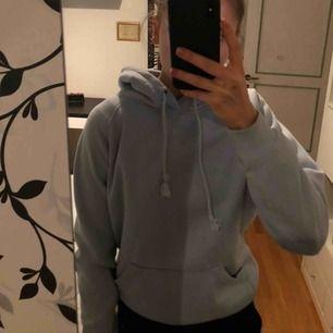 Superfin hoodie ifrån bikbok! ❤️💓🌟💞🤩🍂🕊🥰