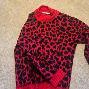Stickad tröja ifrån NA-KD