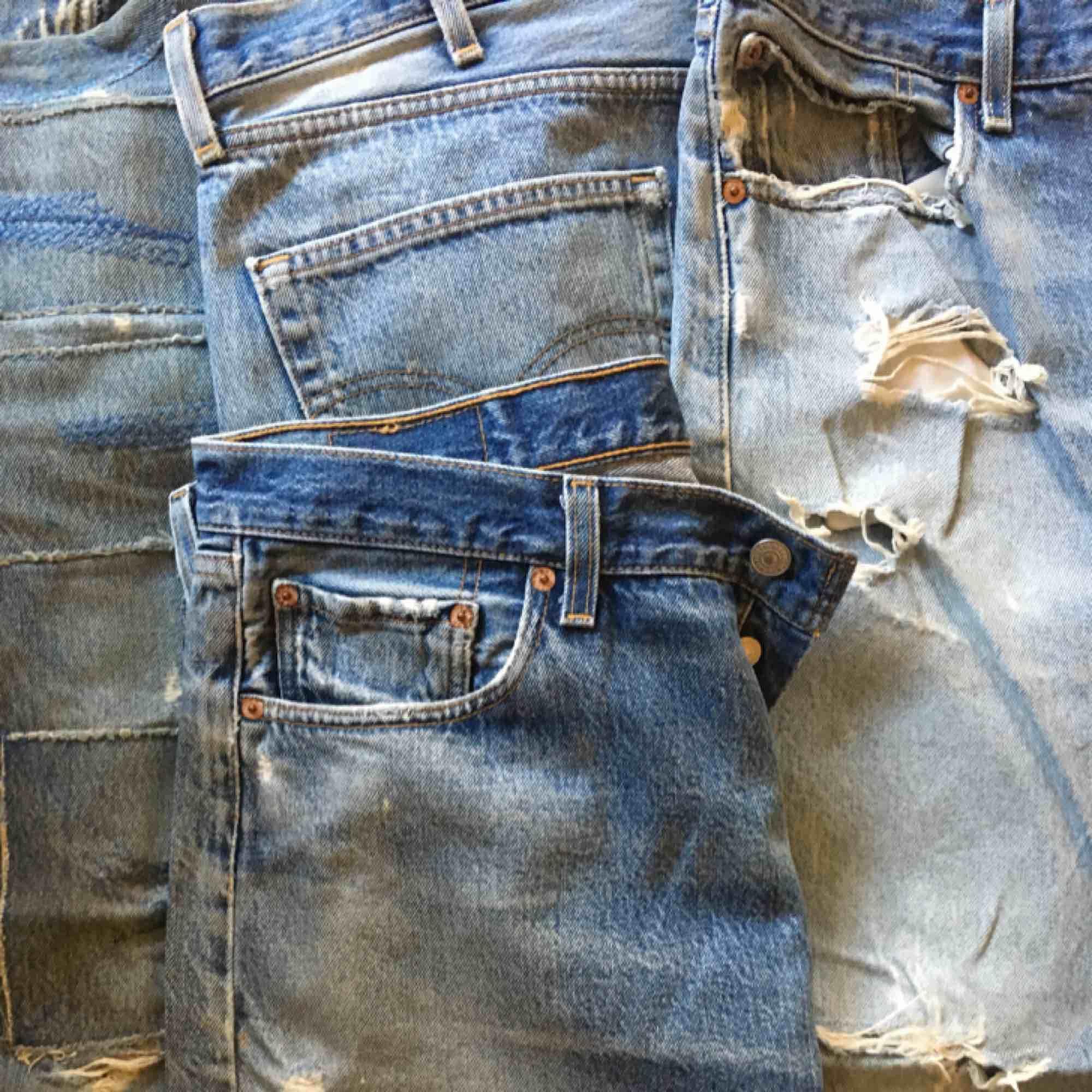 Fyra Levis jeans, används ej. Helt ok skick.. Jeans & Byxor.