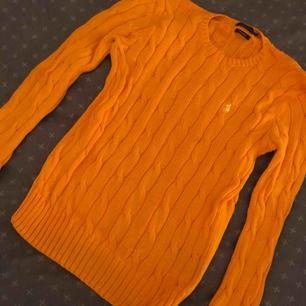 Stickad tröja Storlek S Knappast använd