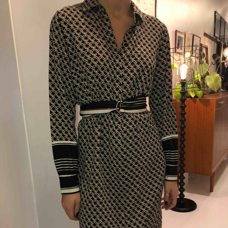 Super fin klänning, nästintill ny.❤️💫🌟. Klänningar.